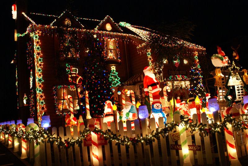 No 40 写真「クリスマスを彩るイルミネーション」
